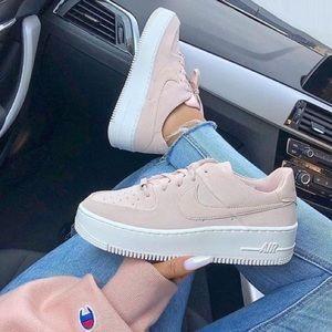 Nike Air Force platform pastel pink